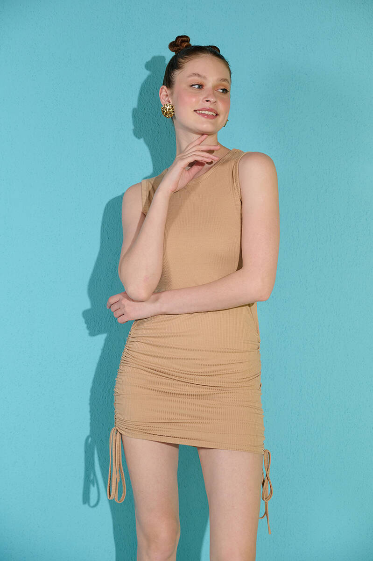 Zechka - Bisküvi Kolsuz Yanları Büzgülü Kaşkorse Elbise