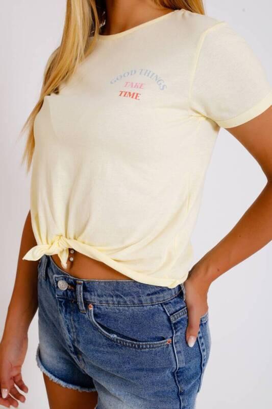 ZECHKA - SARI Önden Bağlamalı Basic T-Shirt (İF001)