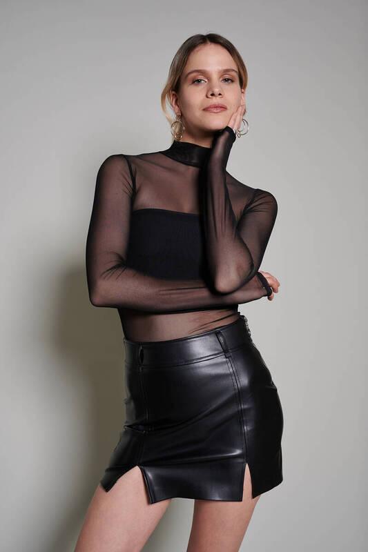 Zechka - Siyah Boğazlı Tül Bluz (ZCK0201)