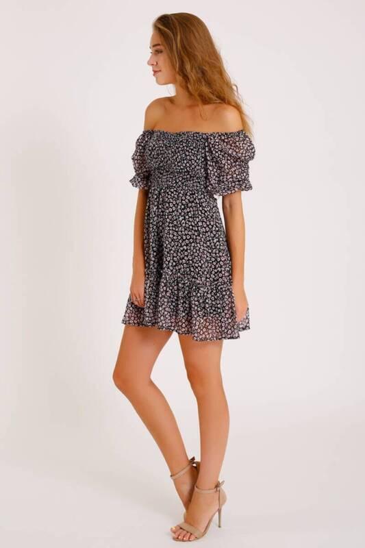 ZECHKA - SİYAH Eteği Fırfırlı Çiçekli Şifon Elbise (ZCK016)