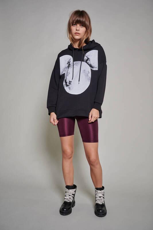 Zechka - Siyah Mickey Mouse Baskılı Oversize Sweatshirt (ZCK0216)