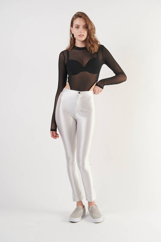 Zechka - Siyah Uzun Kollu Transparan Alttan Çıtçıtlı Tül Bodysuit (ZCK0279)