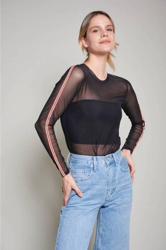 Zechka - Siyah Yanları Şeritli Tül Bluz (ZCK0209)